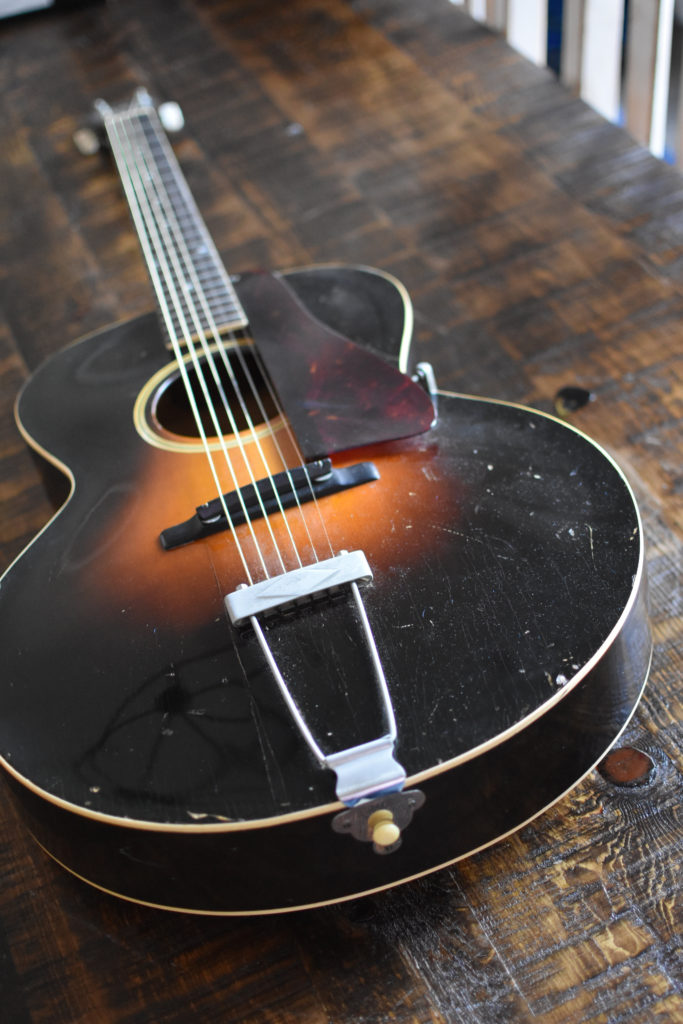 1933-GIBSON-L-4
