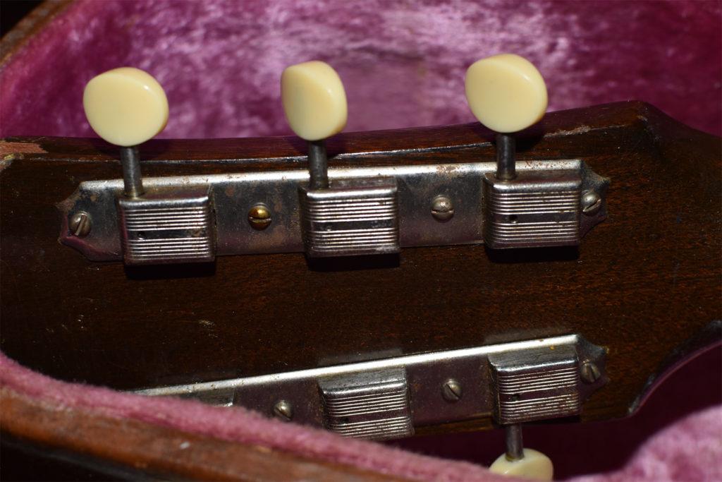 1952-Gibson-J-45-5