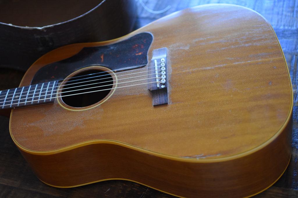 1957-Gibson-J-50-2