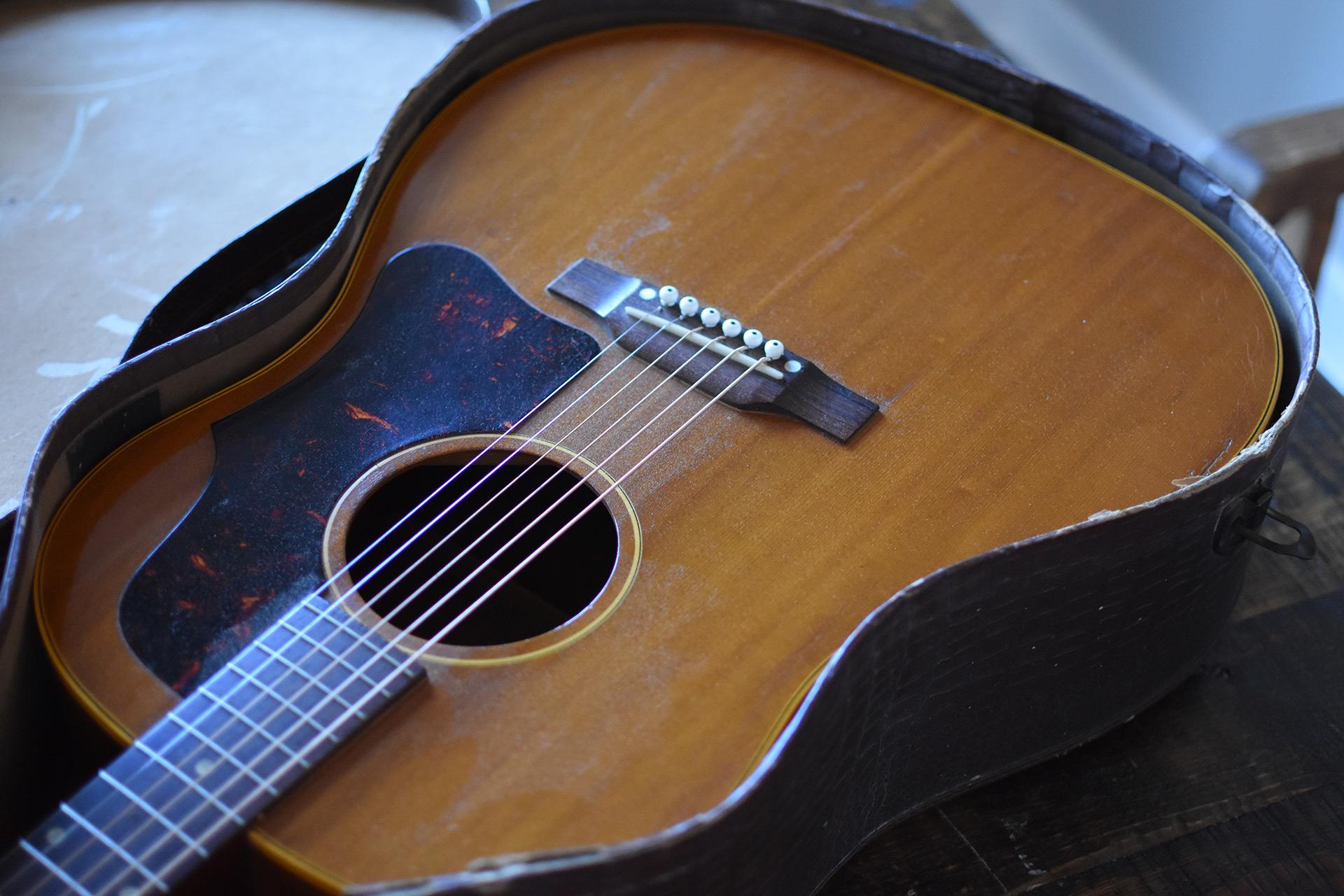1957-Gibson-J-50