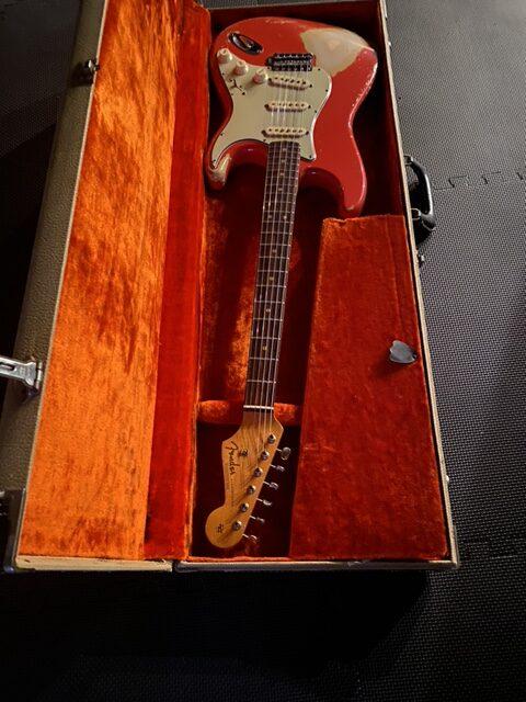 63-fender-stratocaster-2